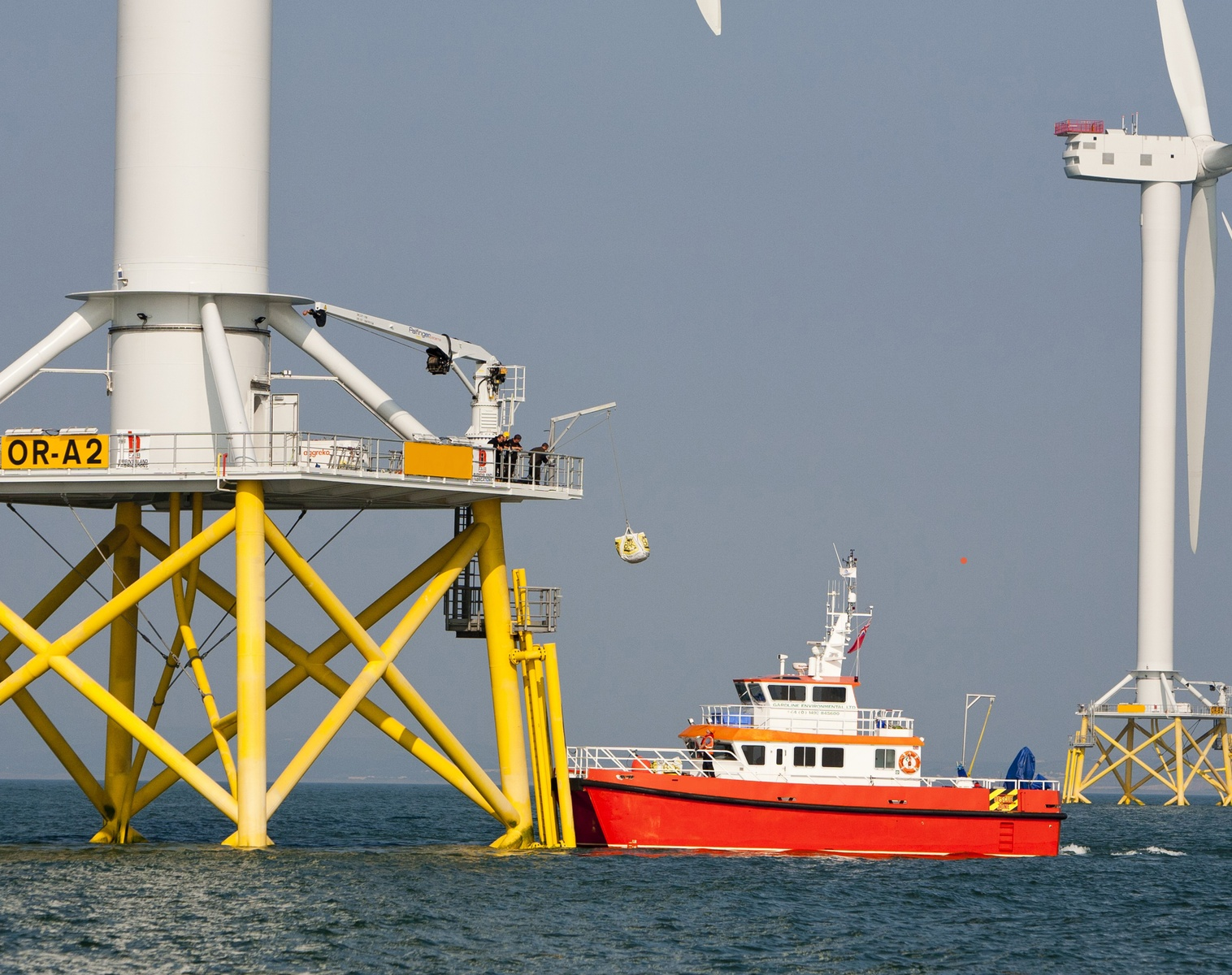 Diagnostics and remote restart portable power generators on offshore wind farms